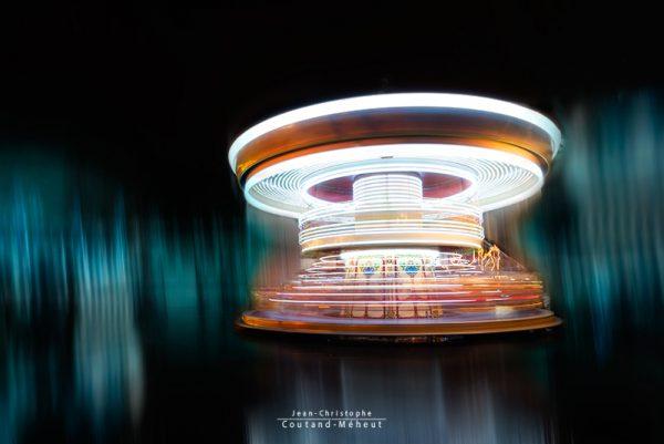 Manège carrousel à Tours tirage d'art - photo réalisée par le photographe Jean-Christophe COUTAND-MEHEUT
