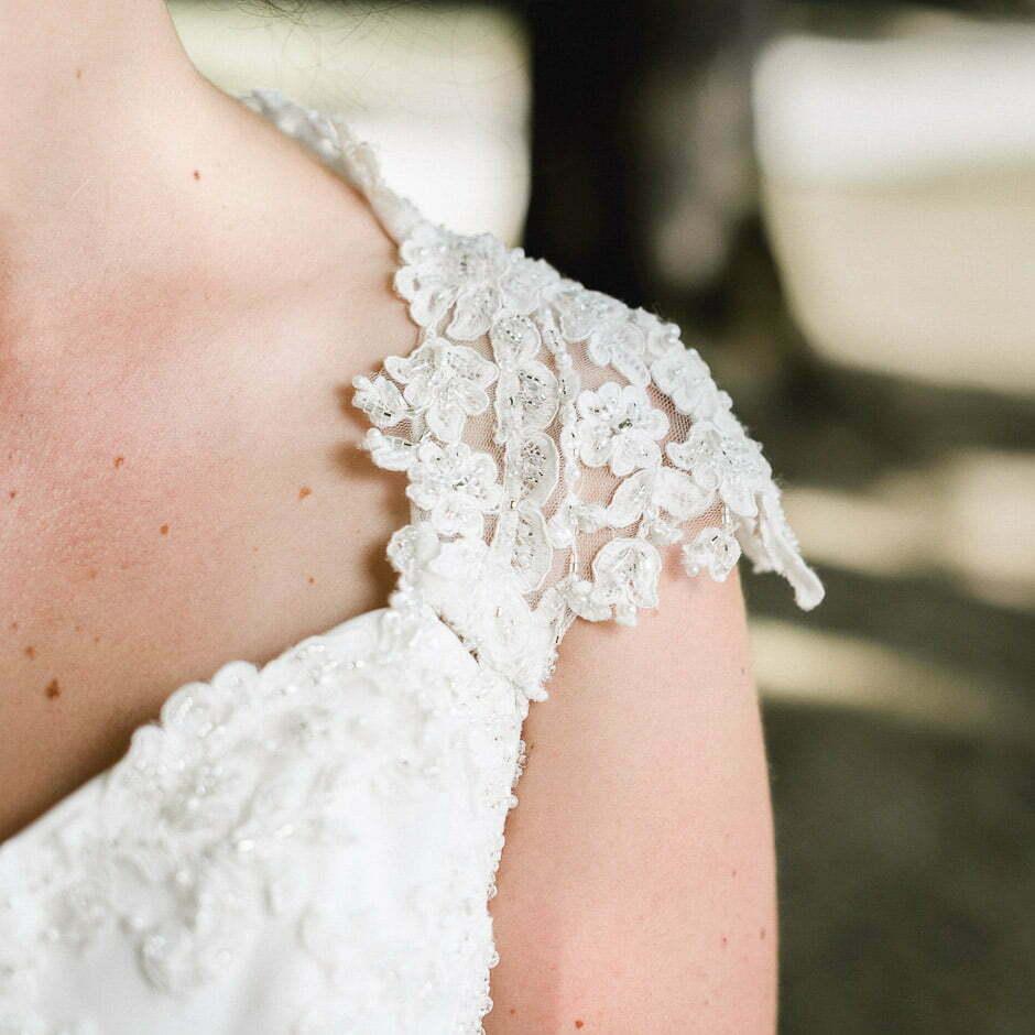 Un mariage à Richelieu robe de la mariée Photographe de mariage à Chinon Tours Saumur