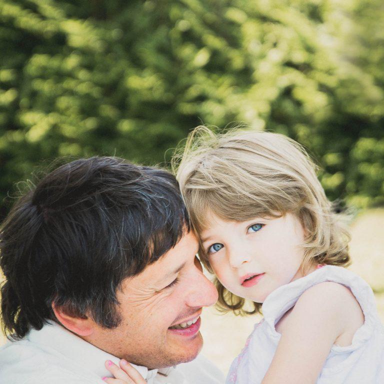 Photographe de mariages à Chinon un père et sa fille