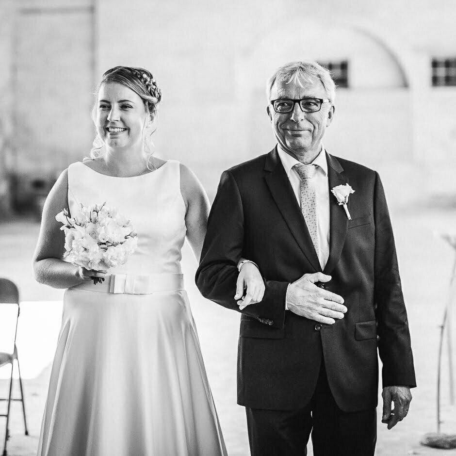 La mariée et son père au mariage