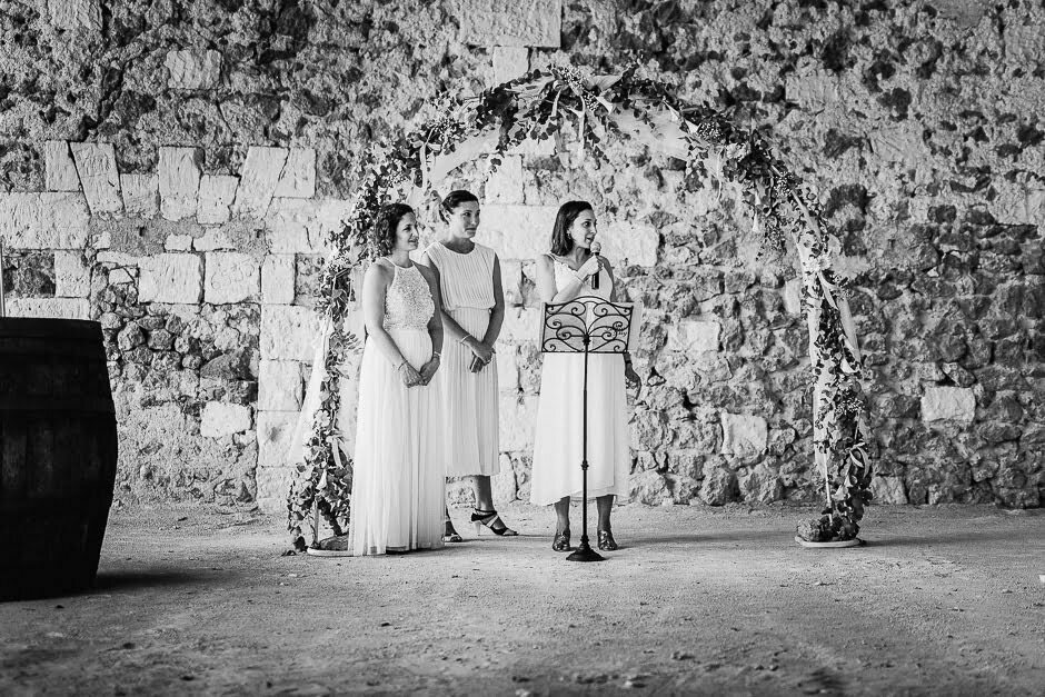 Les filles d'honneur à un mariage