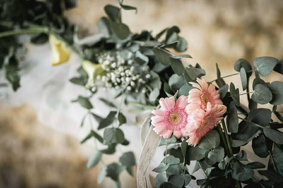 Fleurs du photographe mariage domaine de Roiffé