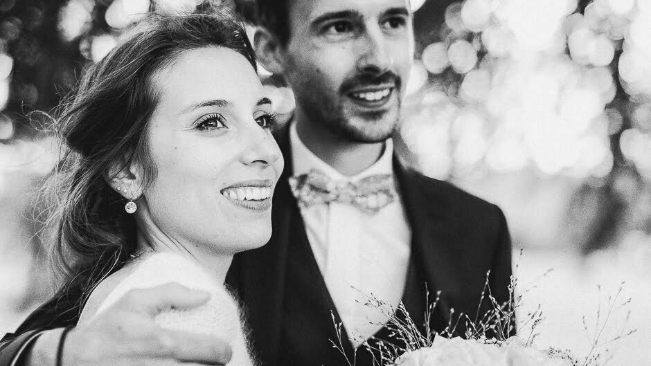 Photographe mariage Tours couple noir et blanc Domaine de la Bergerie