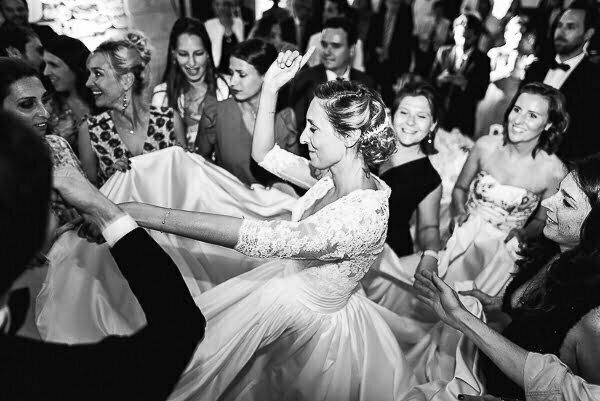 Mariage indre-et-loire photographe soirée dansante au château de Saint-Senoch