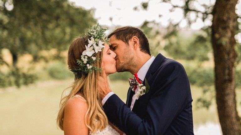 Couple de mariés au domaine de la volière