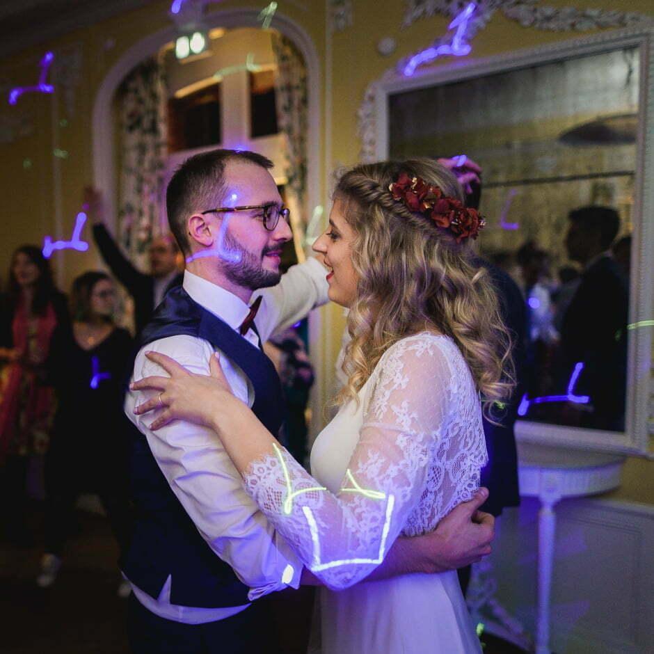 soirée à un mariage
