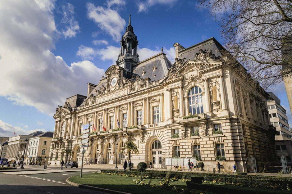 Un mariage à la mairie de Tours